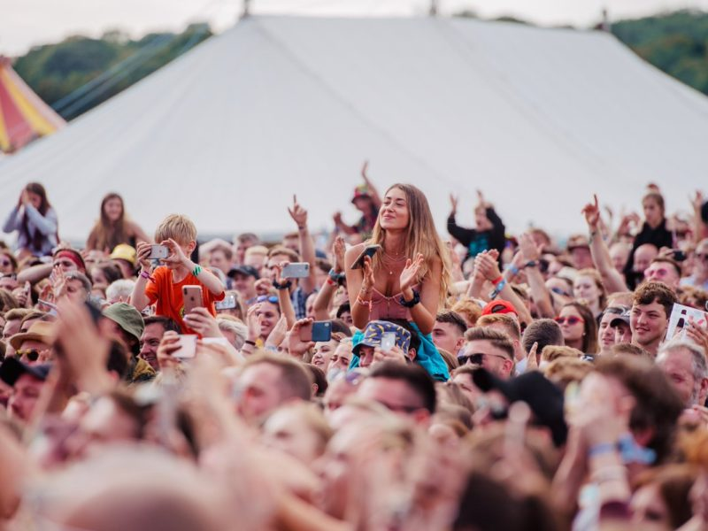 standon-calling-festival-crowd